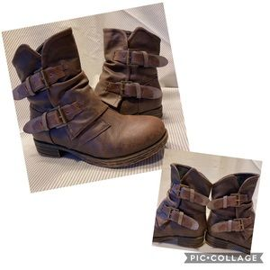 Distressed brown Jellypop buckle boots
